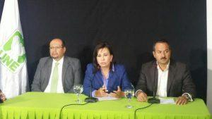 Conferencia Sandra Torres y Mario Leal Castillo