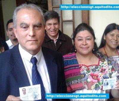 Binomio Presidencial del Movimiento Político Winaq Recibe sus Credenciales