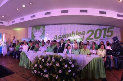 La Une Celebra su Asamblea Nacional y Confirman a su Binomio Presidencial