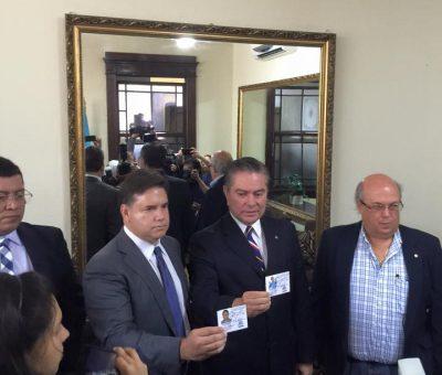 Mario Estrada y Roberto Díaz Durán Reciben sus Credenciales