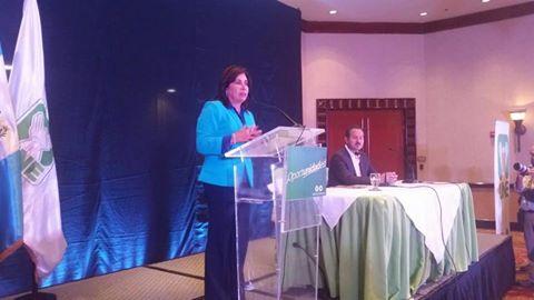 Sandra Torres en conferencia de prensa