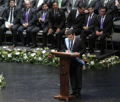 Jimmy Morales Presidente de Guatemala Donará el 60% de su salario para educación