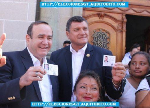 Binomio Presidencial del Partido Vamos Recibieron sus Credenciales para las Elecciones 2019