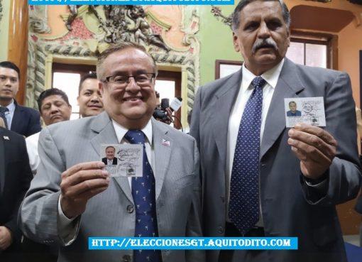 Binomio Presidencial del Partido Fuerza recibe sus credenciales.